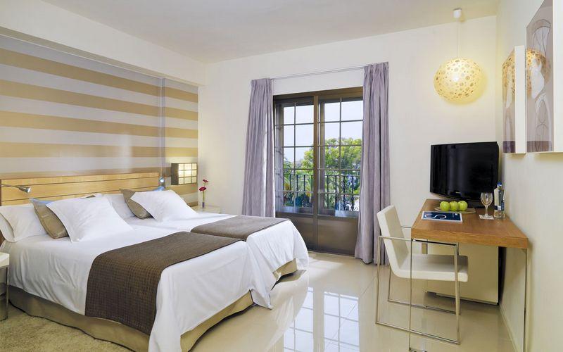 H10 Hotel Andalucia Plaza Room Marbella
