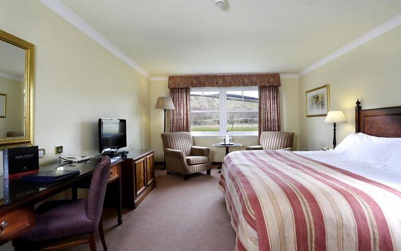Cardrona Golf Hotel Room