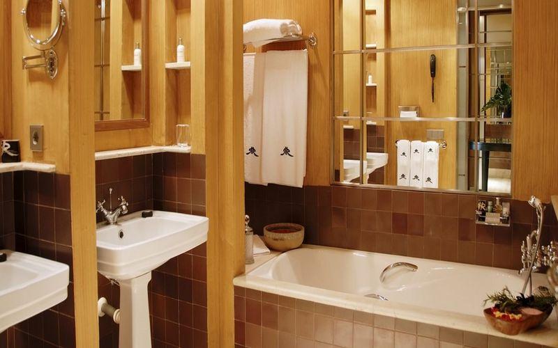 rio-real-golf-hotel-bathroom