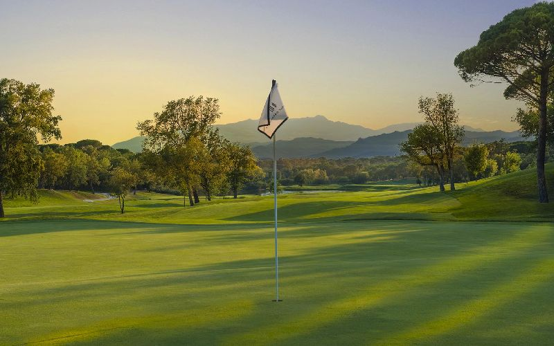 PGA Catalunya Resort Golf Flag lavida hotel golf