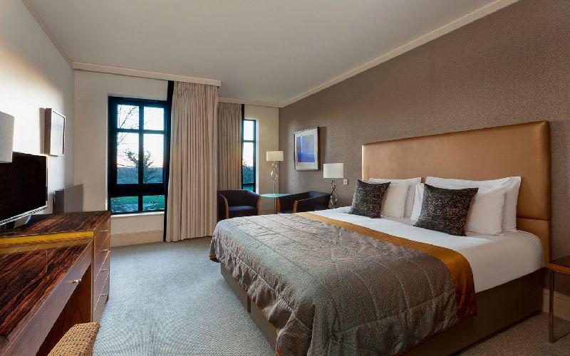 aldwark manor golf resort bedroom
