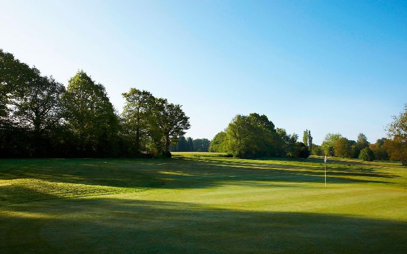 lingfield park golf course green