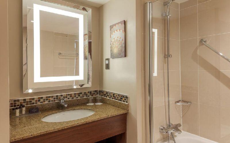 slaley hall golf resort bathroom