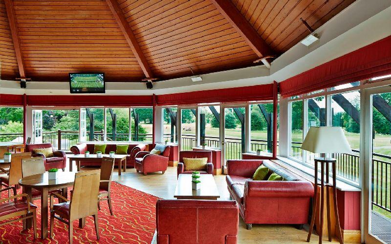 tudor park golf resort lounge