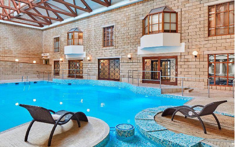 tudor park golf resort pool