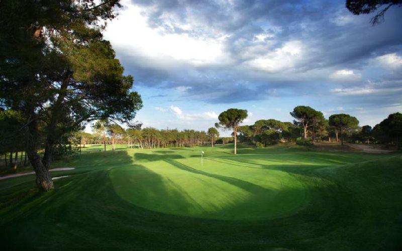 voyage belek golf hotel montgomerie course green