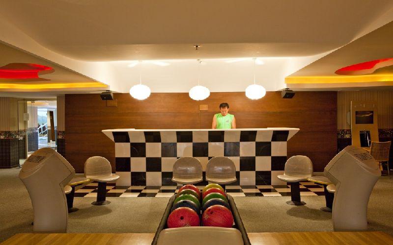 cornelia de luxe golf resort bowling