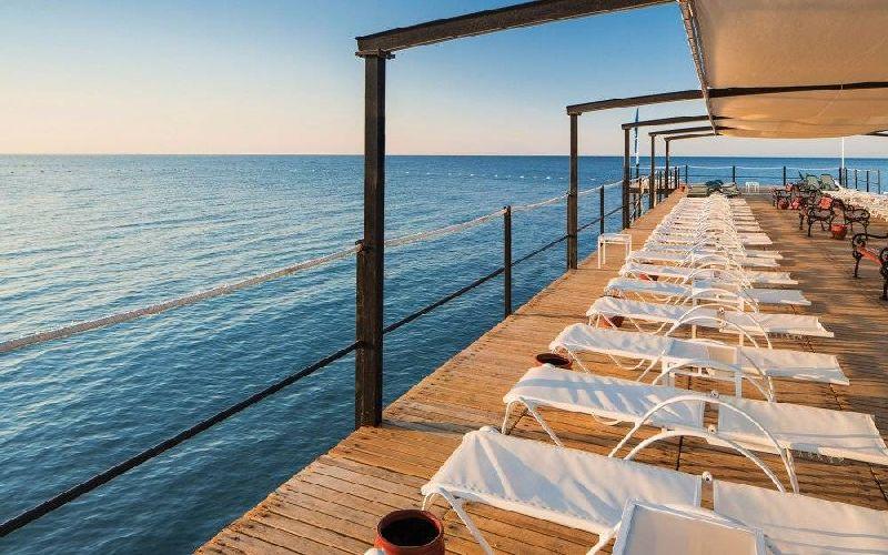 cornelia de luxe golf resort pier