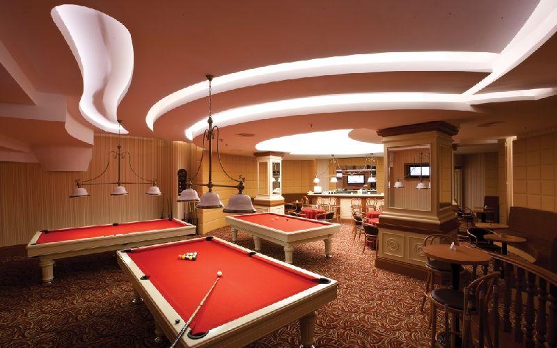 cornelia de luxe golf resort pool table