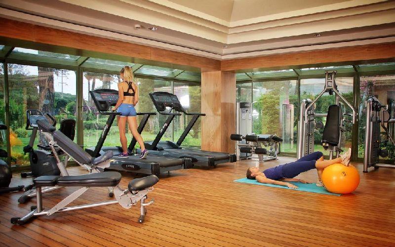 gloria verde golf resort gym