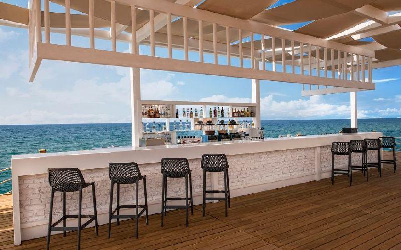 sirene belek hotel golf resort beach bar