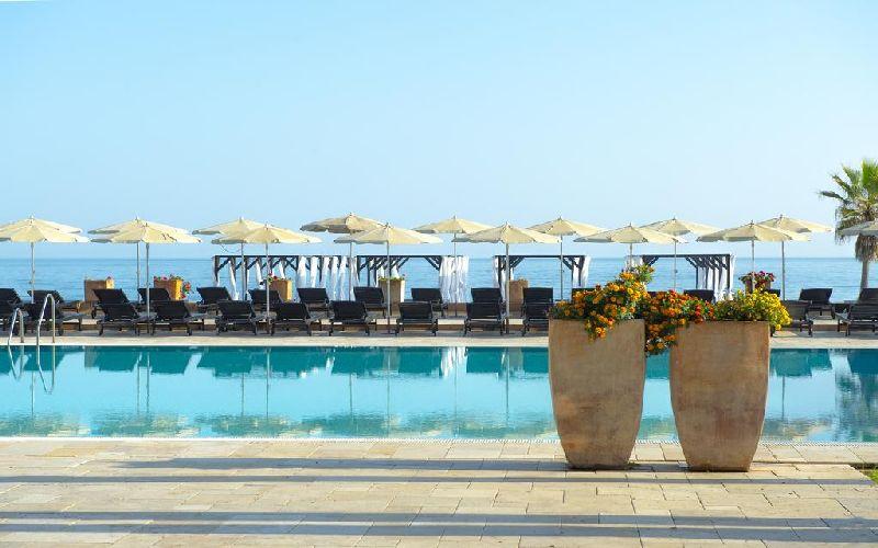 Guadalmina golf resort pool 2