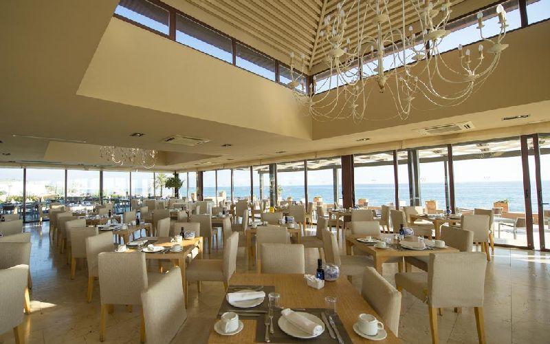 Guadalmina golf resort restaurant
