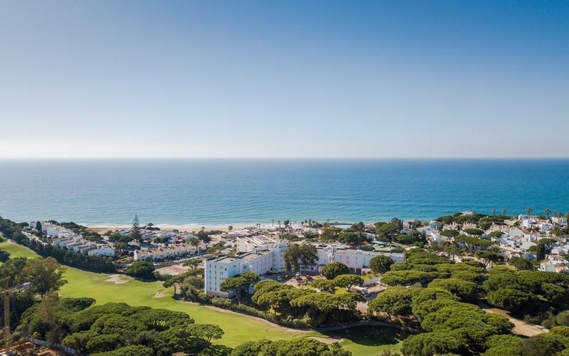 dona filipa hotel aerial view