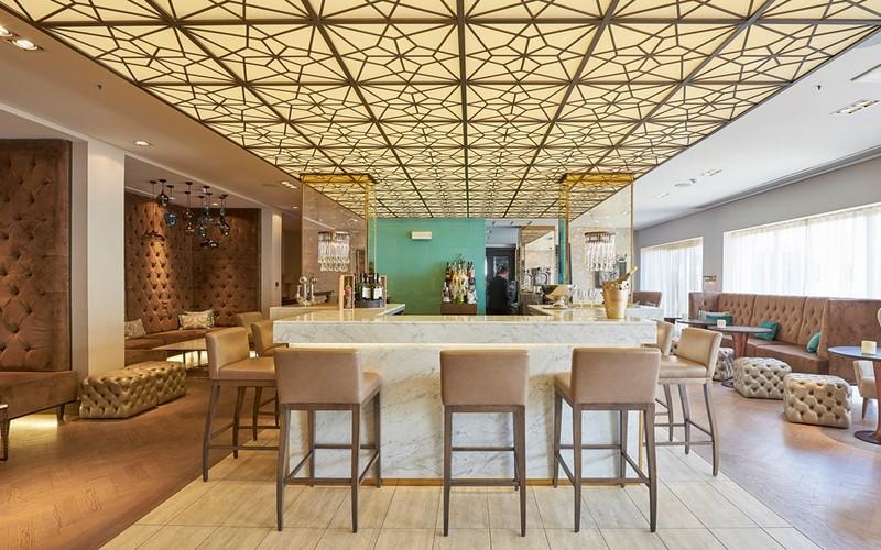 dona filipa hotel bar