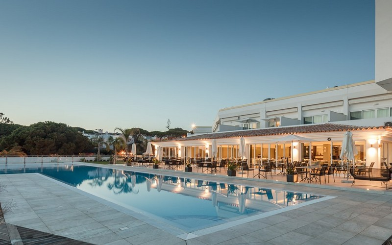 dona filipa hotel pool