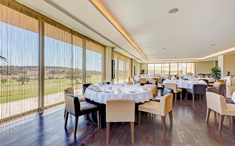 morgado golf & country club restaurant view