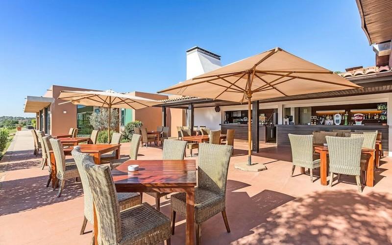 morgado golf & country club terrace bar