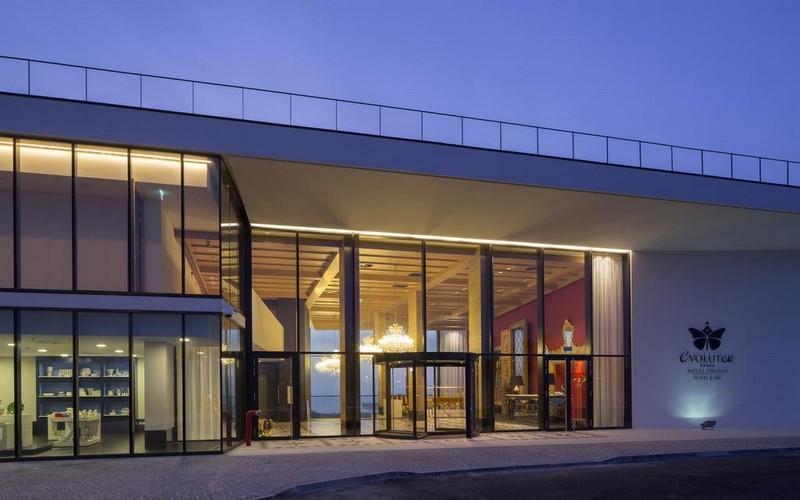 Evolutee Hotel Royal Obidos entrance