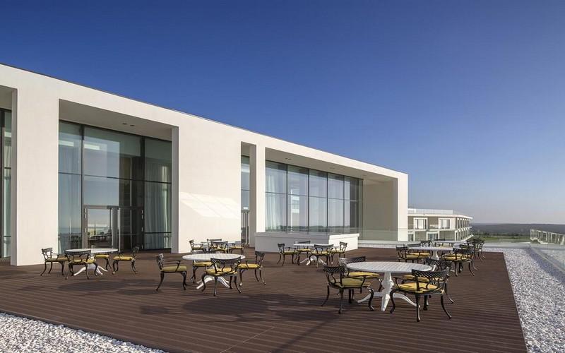 Evolutee Hotel Royal Obidos terrace