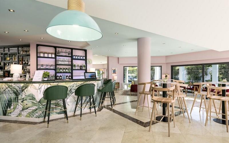 magnolia hotel golf holidays bar 2