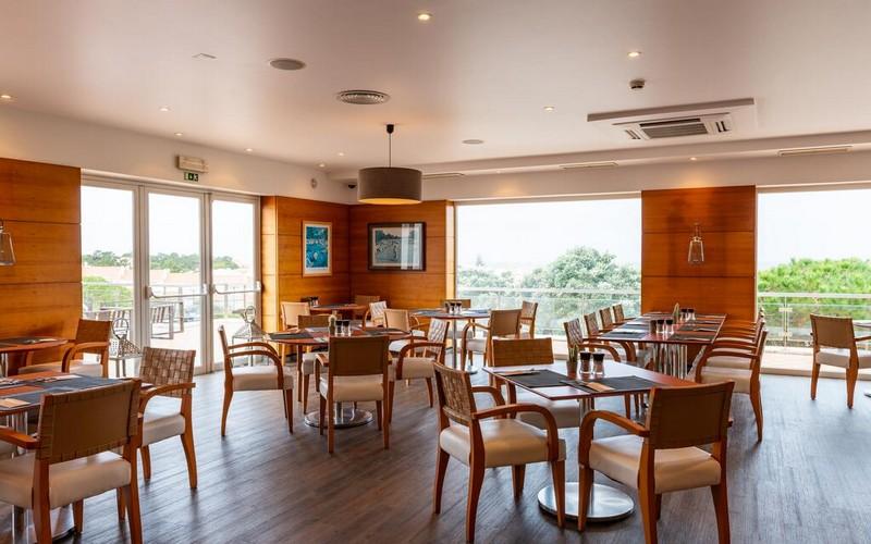 village praia d'el rey golf resort restaurant