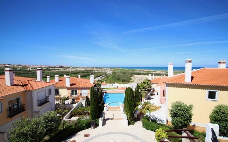 village praia d'el rey golf resort view