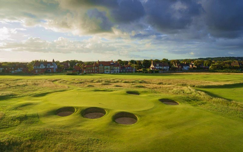 royal liverpool golf course houses