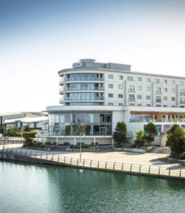 bliss hotel southport lake