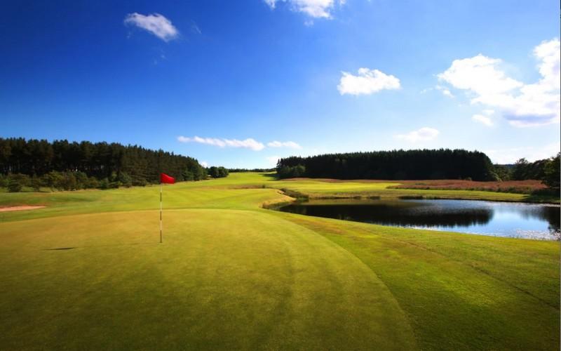 hunting & priestman golf courses lake