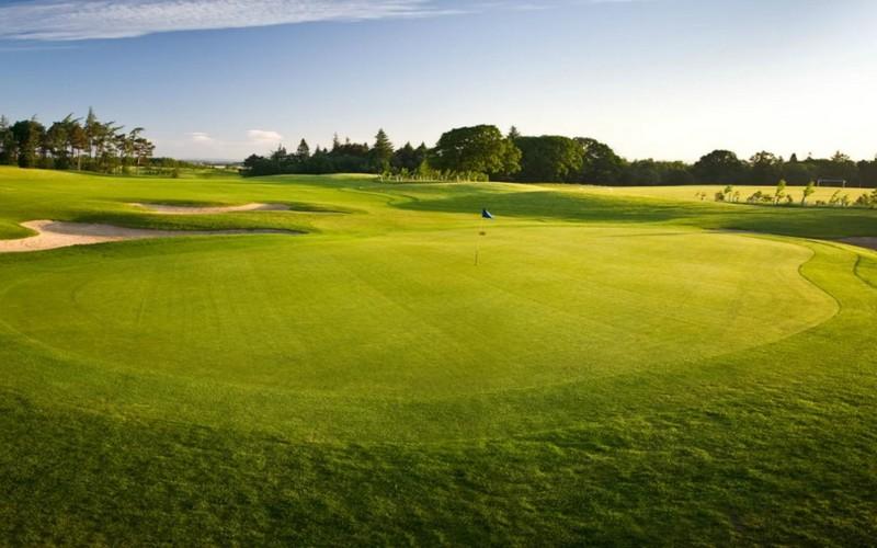 hunting & priestman golf green