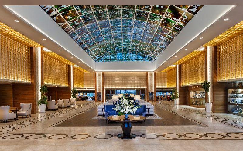 sirene-hotel-golf-resort-lobby