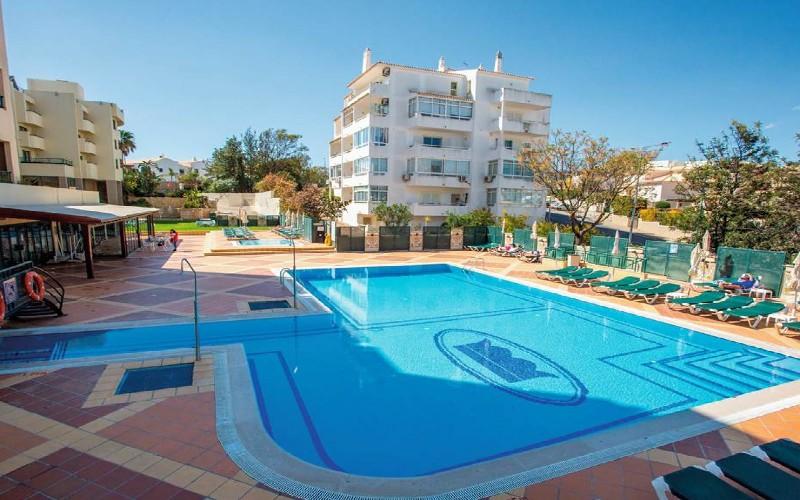 bellavista pool 4