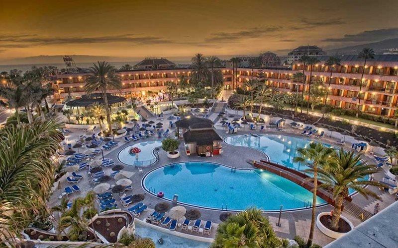 lasiesta hotel pool